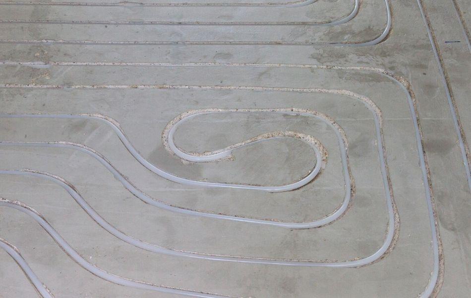 Kabel Fußbodenheizung im Estrich verlegt